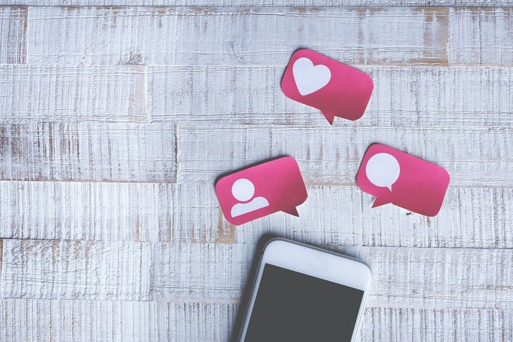 Picture of a phone and social logos representing How to Use Social Media for Market Research for an article by Octopus Intelligence. We isolate your problems, reduce risk and uncertainty and deliver intelligence-led answers and innovative solutions. Dedicated to help you win.